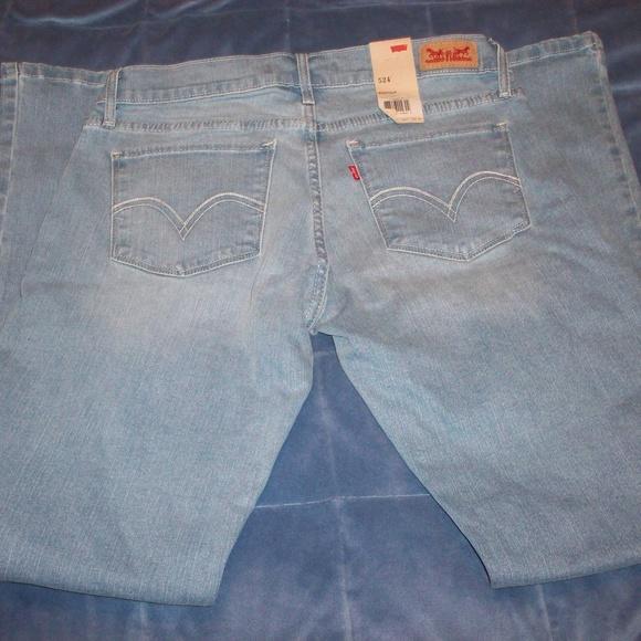 2fc2260471831 Juniors Levi s 524 Bootcut Jeans Size 9 M 30 NWT